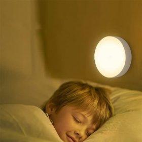 لامپ هوشمند با سنسور حساس به حرکت